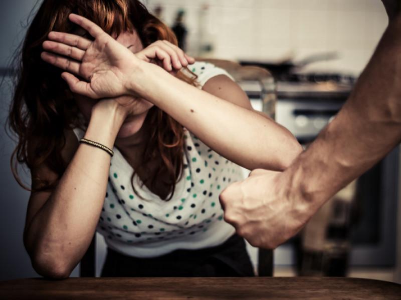Іваничівець побив колишню дружину через аліменти