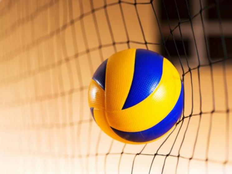 В Іваничах змагалися волейболістки