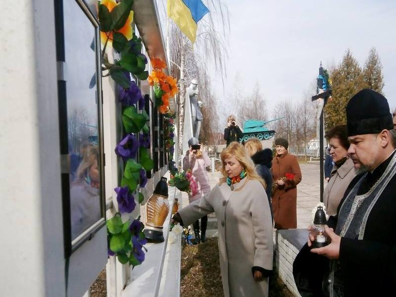 На Волині вшанували українських добровольців – Героїв сьогодення
