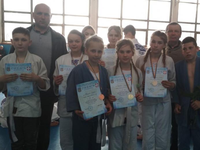 Учні з Іваничівщини стали переможцями на чемпіонат із дзюдо