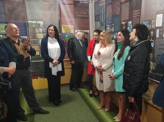 На Волині відкрили виставку про Донбас
