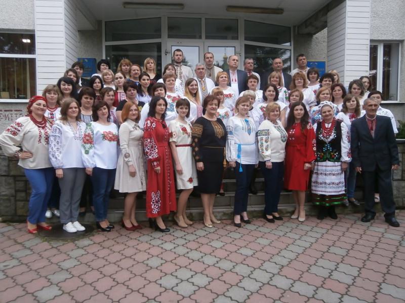 На Іваничівщині відзначають День вишиванки