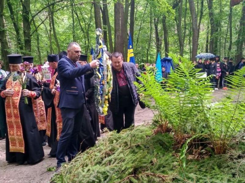 На Волині освятили пам'ятний знак українським Героям