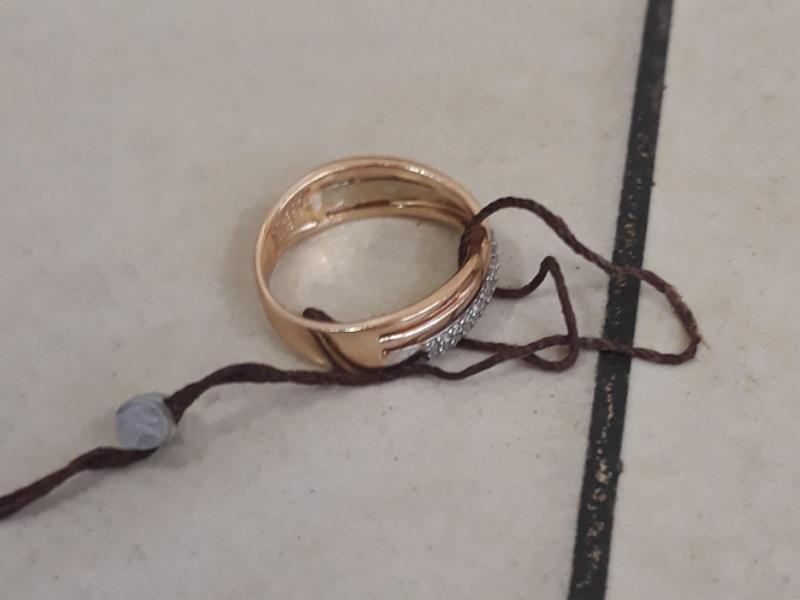 На Волині судили жінку, яка в лазні вкрала чужу каблучку