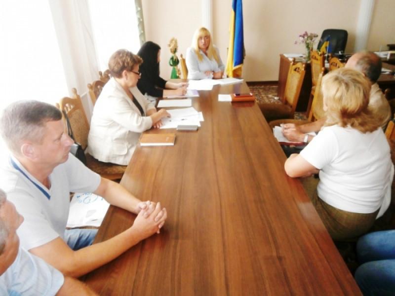 Як будуть платити зарплату освітянам Іваничівського району
