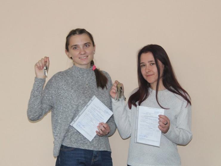 Валентина Власюк та Наталія Ляснюк