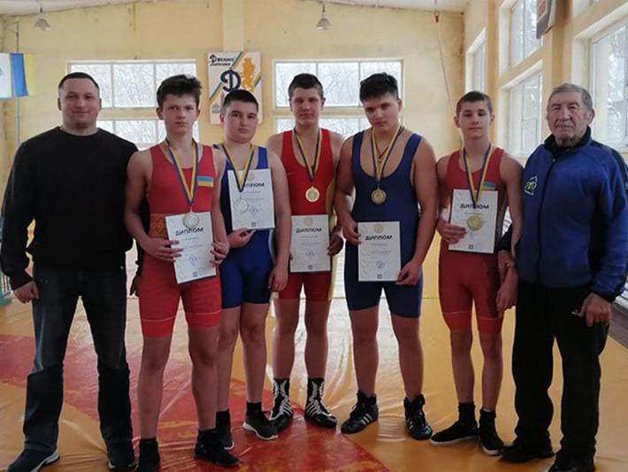 Спортсмени привезли п'ять медалей з чемпіонату з греко-римської боротьби