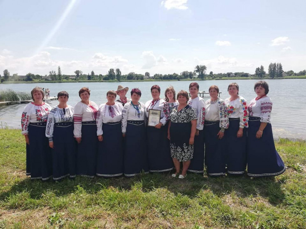 Вокальний колектив «Водограй» був створений в 1987 році.