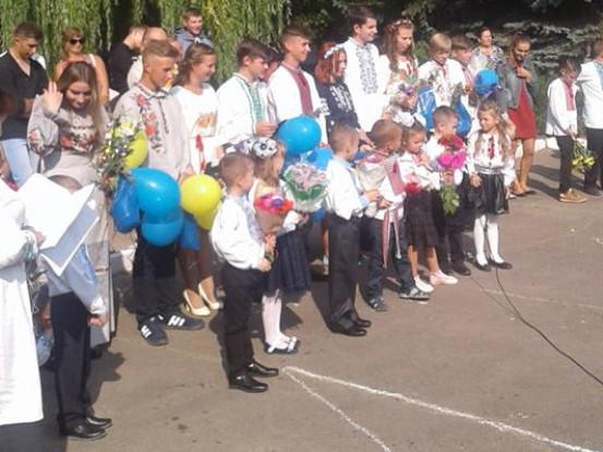 В Бужанській школі 1 вересня відзначили День знань та 30-річчя освітнього закладу