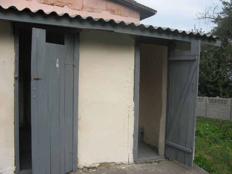 На Волині у 95 школах станом на вересень 2018 року не обладнано внутрішніх туалетів