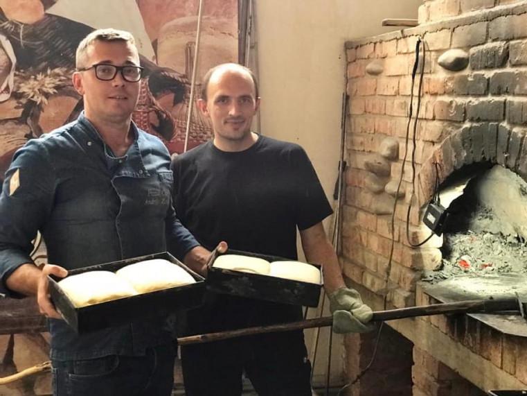 Відомий італійський піцайоло вчився в Іваничах пекти хліб