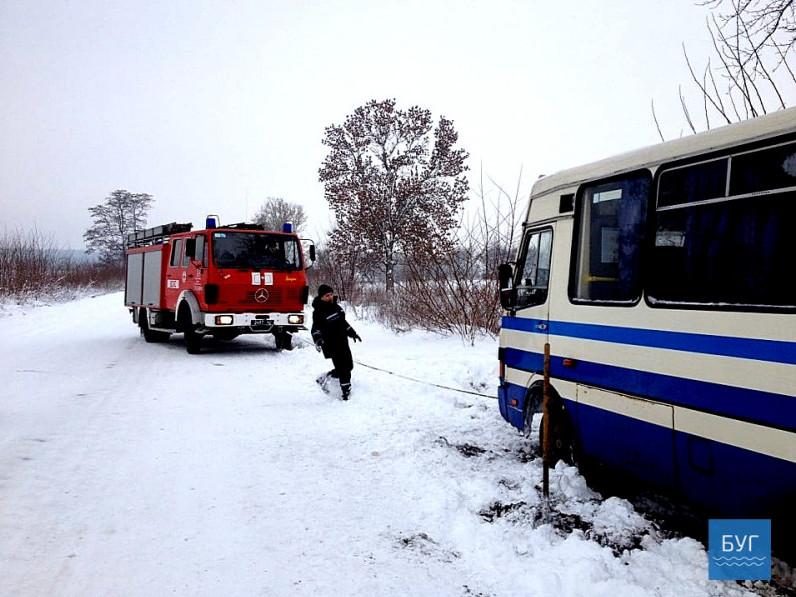 ДТП на Волині: автобус із пасажирами «злетів» на узбіччя