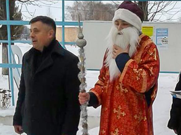 В Поромівській громаді запалили головну новорічну красуню