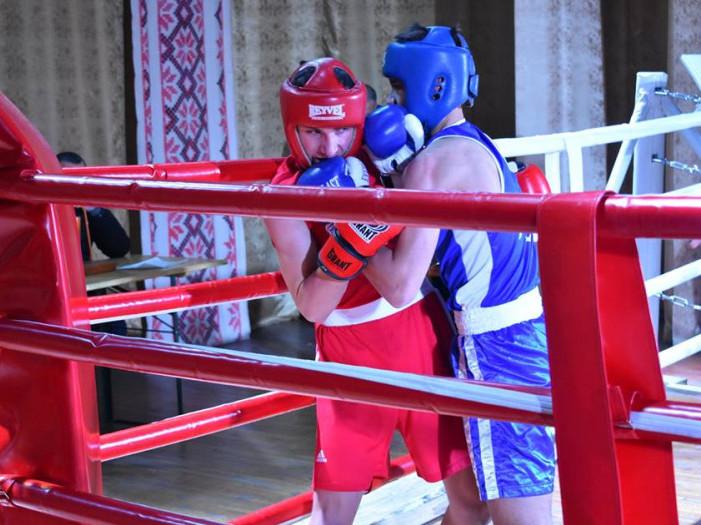 В Іваничах відбувся боксерський турнір